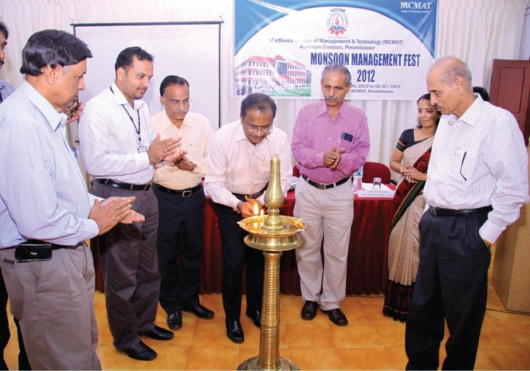 Inauguration of Monsoon Management Fest — 2012 by Shri. John Minu Mathew, Executive Director, BPCL.