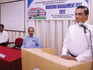Rev. Dr. George Varghese, Director, Mar Thoma Guidance and Counseling Institute, Kochi giving a session on Counselling.