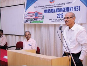 Mr.  M. A Mathew, Former General Manager, INDAL giving a session about how we can effectively manage an organization.